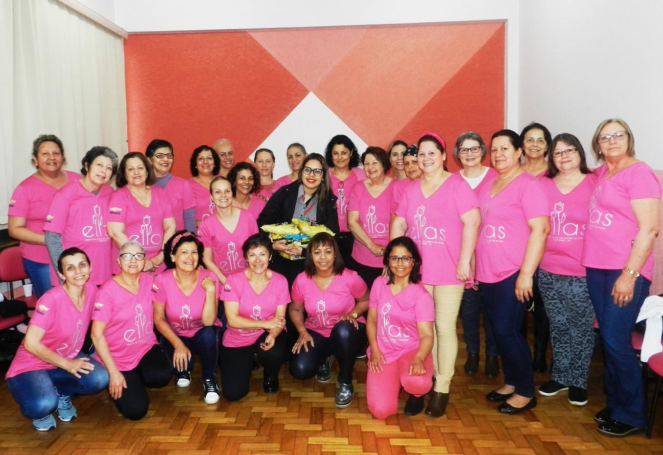 Campanher e Grupo Ellas juntos no Outubro Rosa